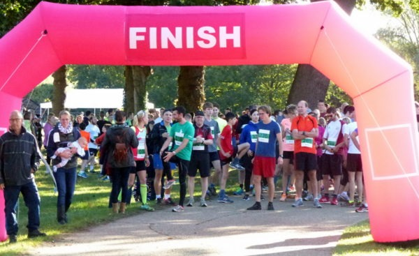 10k about to start, 10.25am